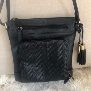NWOT Black GIANI BERNINI Cross Body Hand Bag NICE